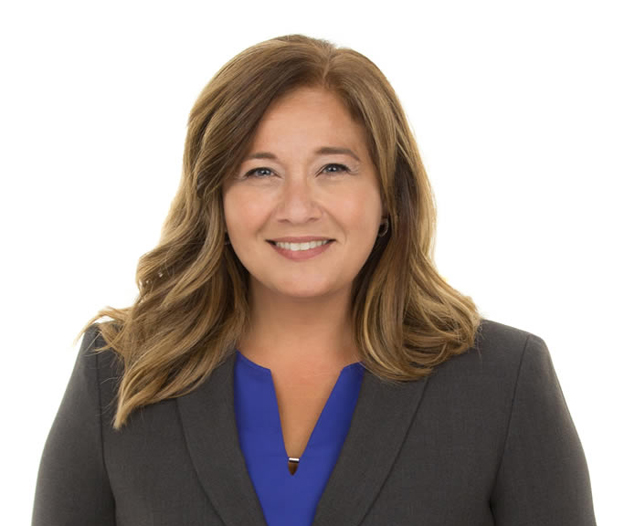 Première femme égyptienne élue maire au Canada