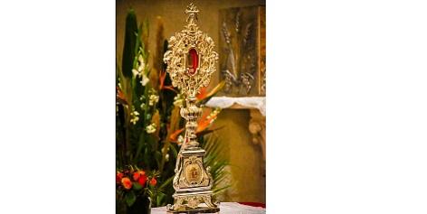 La relique du Berceau Sacré de Jésus est arrivée à Bethléem
